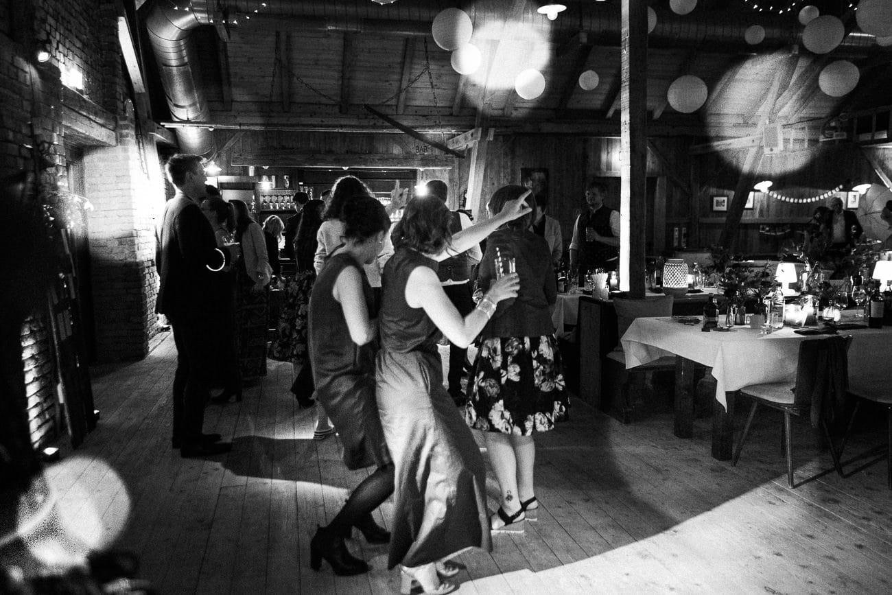 Scheunen Hochzeit Eder am Holz Moosinning Alte Tenne